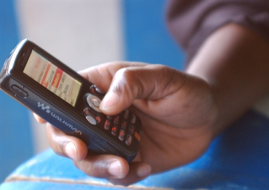 AIDS'e Mobil Destek