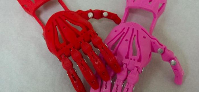 e-Nable, 3D Yazıcı Sahiplerini Protez El İhtiyacı Olanlarla Buluşturuyor