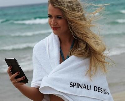 Cilt Kanserinden Koruyan Akıllı Bikini