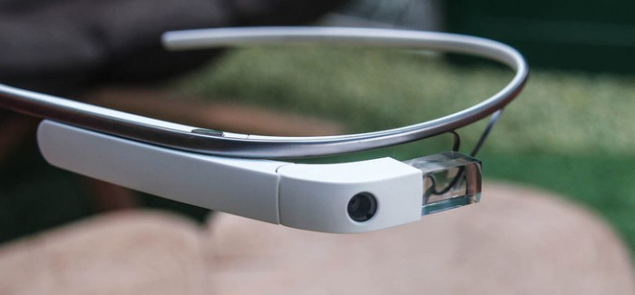 Google Glass, Sürprizleriyle Geliyor